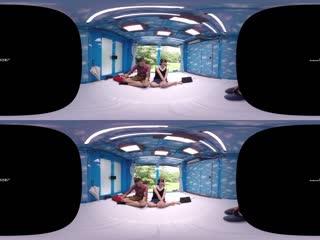 VR长尺 爱する彼氏とはミラー越しに30セン R1[日本VR视频]海报剧照