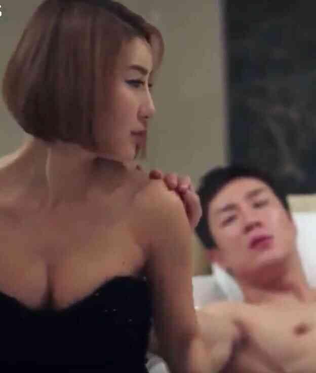双性恋姐妹的诱惑[韩国三级片]