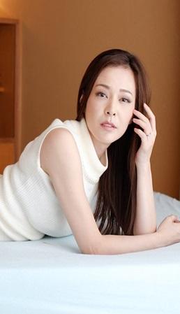 美丽人妻的淫荡秘密-2 番号:122920_406-paco [亚洲无码]海报剧照
