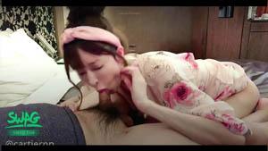 高颜值丸子头美女日式碎花情趣装榨干与痉挛的强力激烈啪啪啪淫水失禁