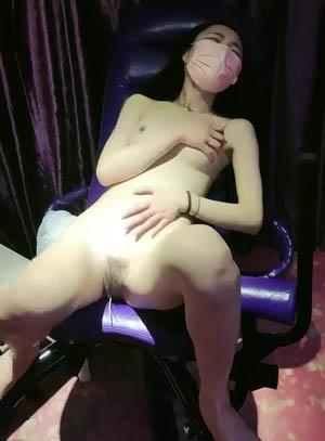 老李约战平台女主播 情趣酒店八爪椅极品美乳诱惑 粉嫩鲍鱼肆意摧残