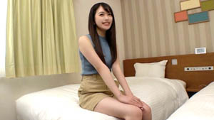 SIRO-4225  [美丽的年轻裸体] 四肢纤细修长的模特女大学生。无辜的行为和圆屁股激起了欲望